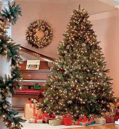 decorating trees with christmas lights safe christmas decorating tips christmas tree decoration