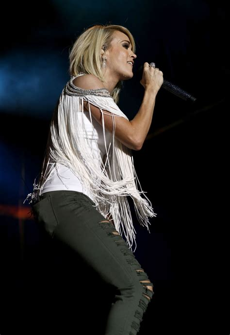 carrie underwood  acm party    festival