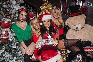 Chicago Nightlife At Frostys Christmas Bar Last Week