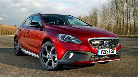 Volvo V40 Cross Country Backgrounds by Volvo V40 Cross Country 2012 Uk Wallpapers And Hd Images