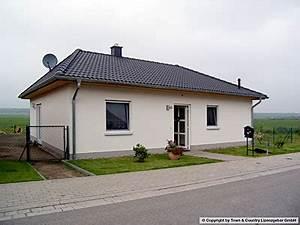 Fertighaus Bungalow 120 Qm : der bungalow 92 ihr massivhaus von town country haus ~ Markanthonyermac.com Haus und Dekorationen