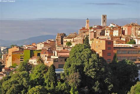 tourisme 224 grasse visitez grasse capitale mondiale du parfum avignon et provence