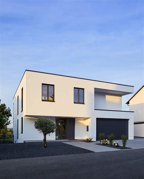 Moderne Längliche Häuser by Efh In Bornheim H 228 User Philip Kistner Fotografie