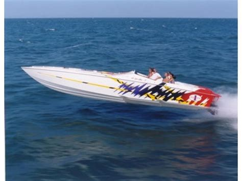 Cigarette Boat Te Koop by 2000 Cigarette Top Gun Powerboat For Sale In Florida