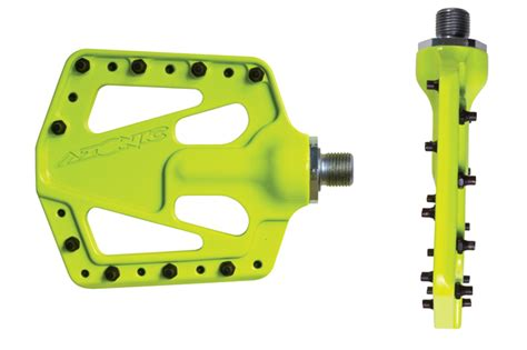 flat pedal test product test azonic flat iron pedals mountain bike