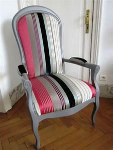 Fauteuil Style Voltaire : meubles anciens peints 12 les 20 meilleures id233es de la cat233gorie fauteuil voltaire digpres ~ Teatrodelosmanantiales.com Idées de Décoration