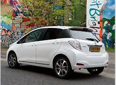 Nuevo Toyota Yaris Soho diseño en blanco y negro