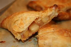 COOK WITH SUSAN: Apple Turnovers