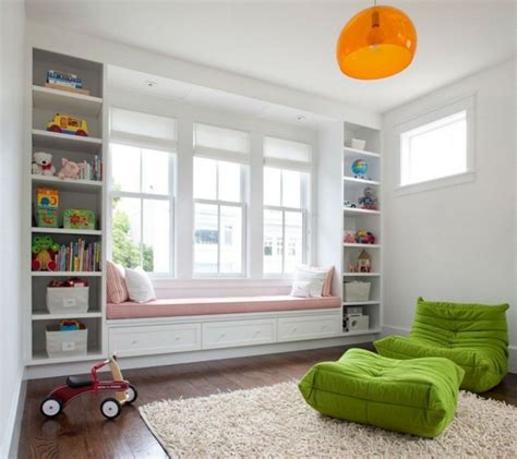 babyzimmer dekorieren fensterbank innen 30 beispiele wie sie die fensterbank in sitzbank verwandeln
