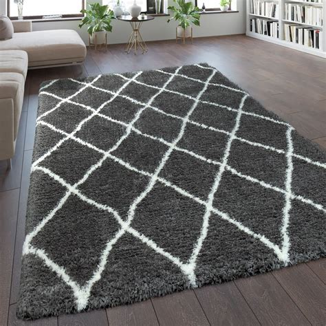 tapis poils hauts motif losanges gris tapis