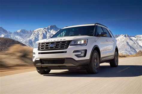 Ford Adds Xlt Sport Appearance Package To 2017 Explorer