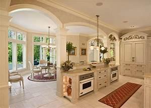 French Colonial Style Kitchen - Mediterranean - Kitchen