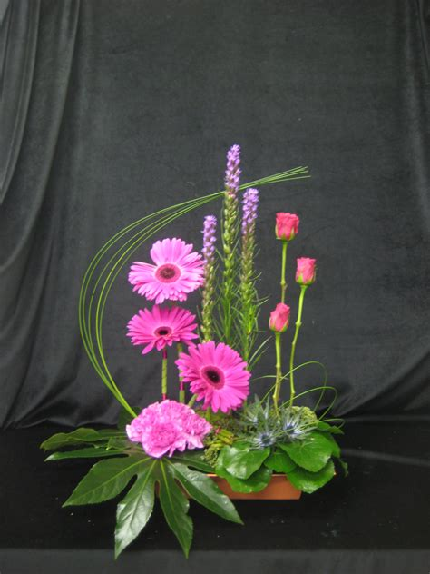 flower arrangement designs designer floral arrangements contemporary vertical designs florals contemporary