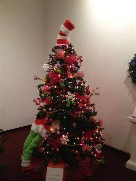 dr seuss christmas tree christmas trees pinterest