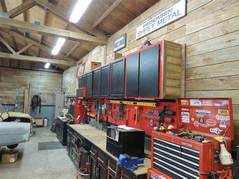 mens garage decor garage colour schemes nice garage interiors  garage workshop