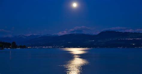 sturgeon moon   full moon  august