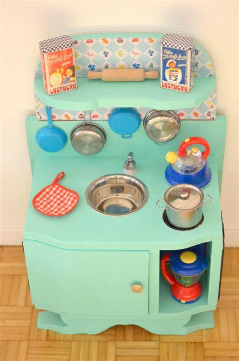 fabriquer cuisine pour fille gallery of diy une cuisine enfant en bois with fabriquer