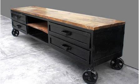 comment renover un canapé comment rénover du mobilier industriel