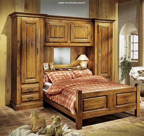 chambre a coucher bois cuisine meubles de chambre a coucher en bois chambres a