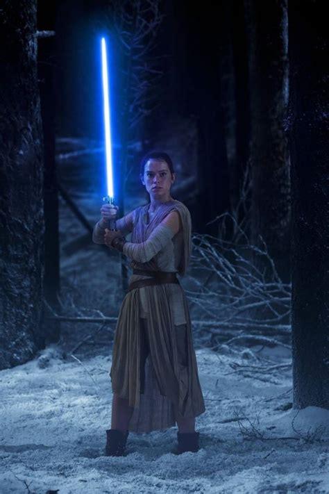 'Star Wars: Episode 8' rumors: Kylo Ren to try getting Rey ...