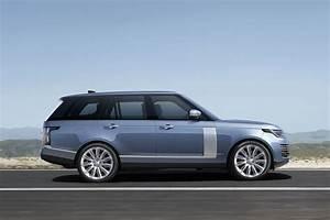 Range Rover Hybride 2018 : le nouveau range rover accueille un groupe hybride actualit automobile motorlegend ~ Medecine-chirurgie-esthetiques.com Avis de Voitures