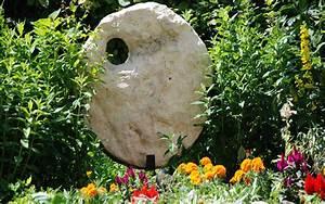 Große Skulpturen Für Wohnzimmer : statuen und skulpturen aus stein und holz f r garten und terrasse ~ Bigdaddyawards.com Haus und Dekorationen