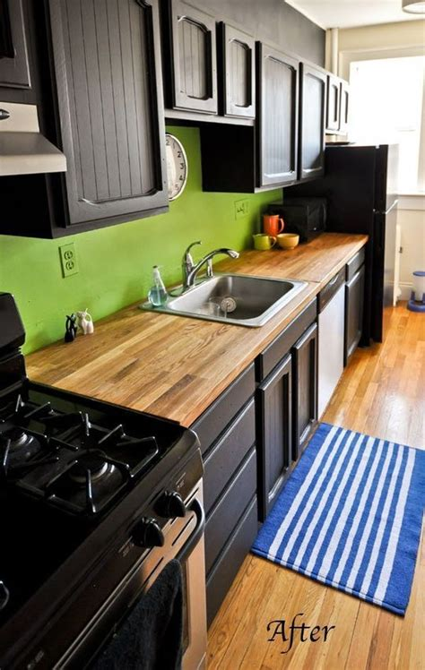 Green Kitchen Cabinets With Black Appliances by Green Kitchen Backsplash Home Decorating Trends Homedit