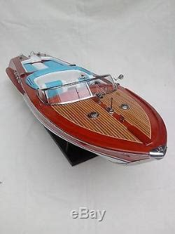 This speedboat model helps to complete any model boats collection. Lot Of Ferrari Hydroplane 32 & Riva Aquarama 34 High ...