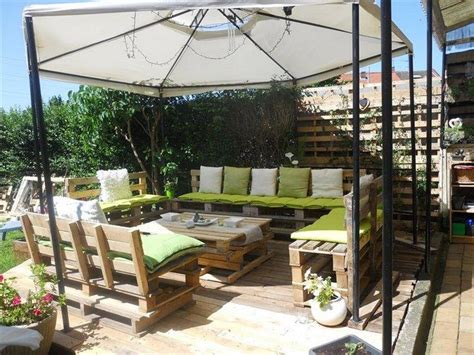 Patio Deck Furniture by Diy Pallet Patio Decks With Furniture Pallet Wood Projects