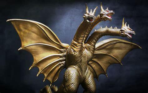 Godzilla 50th anniversary memorialbox king ghidorah vinyl figure. Super Dragon King Ghidorah | Jova Cheung | Flickr
