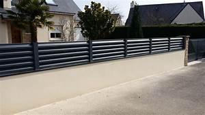 Cloture Sur Muret : modele de cloture en aluminium pilier de portail ~ Carolinahurricanesstore.com Idées de Décoration