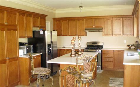 brown kitchen design ideas small u shaped kitchen designs with oak cabinets combined 4938