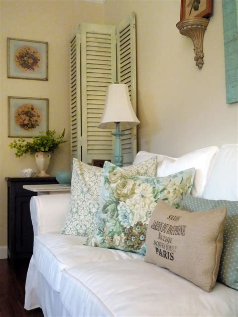 Cottage Chic Shabby Chic Living Rooms Hgtv