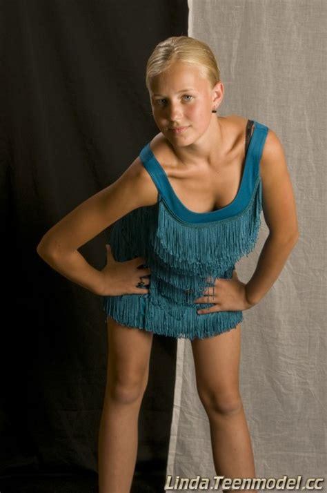 Teenmodel Linda Set12 Art Models Blog