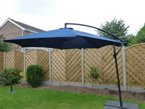 Cantilever Patio Umbrellas Uk by Uk Gardens 3m Navy Blue Cantilever Hanging Garden Parasol
