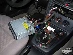 B5 Gaskutsche De  U2013 Ein Handels U00fcbliches Radio Im Audi A4