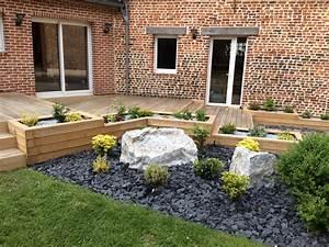 amenagement paysager autour d39une terrasse en chene et d With amenagement de petit jardin 8 paillage bois et ardoise pour amenagement exterieur et