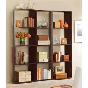 Decorating Bookshelves In Living Room by 20 Neat Bookshelf Decorating Ideas For Modern Interior