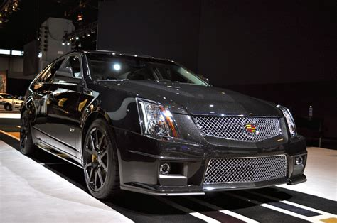 image  cadillac cts  wagon black diamond edition
