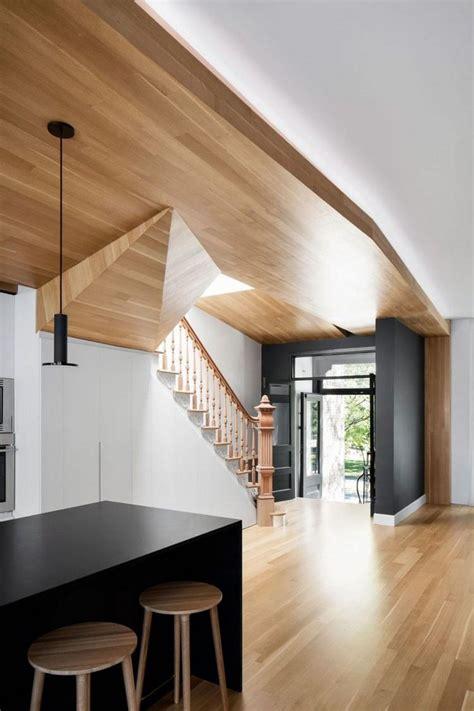 placard mural cuisine placard mural multifonction et plafond bois d 39 un appartement en duplex