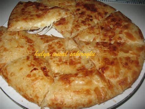 3 pi鐵es cuisine tavada kıymalı börek