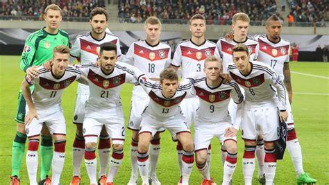 Make social videos in an instant: منتخب ألمانيا لكرة القدم : اقرأ - السوق المفتوح