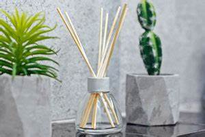 Raumduft Selber Herstellen : raumduft selber machen 3 einfache und nat rliche rezepte ~ Yasmunasinghe.com Haus und Dekorationen