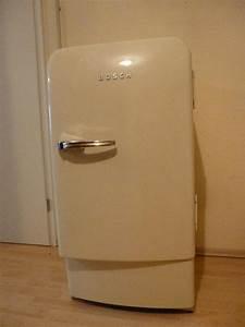 Kühlschrank Retro Bosch : bosch k hlschrank creme retro 50er jahre in wiesloch k hl und gefrierschr nke kaufen und ~ Frokenaadalensverden.com Haus und Dekorationen
