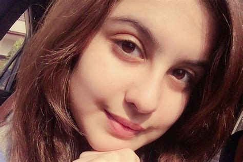 This 16 Years Old Girl Is Getting Very Famous, Know Who Is ...