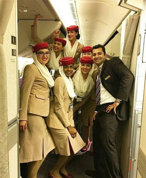 Cabin Crew Emirates by Are The Cabin Crew Of Emirates Allowed To Wear Glasses