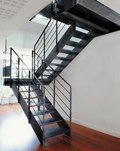 Escalier Exterieur Metal : scalier demi tournant marche en m tal limon lat ral ~ Voncanada.com Idées de Décoration