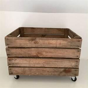 Caisse En Bois : caisse en bois vintage roulettes ~ Nature-et-papiers.com Idées de Décoration