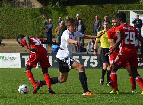 Alle infos zum verein holstein kiel ⬢ kader, termine, spielplan, historie ⬢ wettbewerbe: Holstein Kiel will mit der Zweiten in die Regionalliga ...