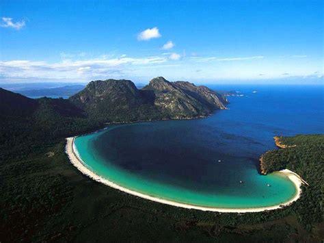 Wineglass Bay Freycinet National Park Tasmania